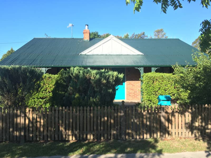 Housesitting assignment in Rocky River, New South Wales, Australia