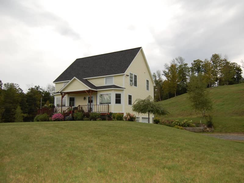 Housesitting assignment in Vershire, Vermont, United States
