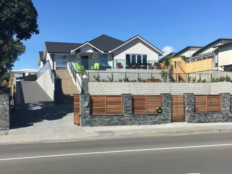 Housesitting assignment in Raumati Beach, New Zealand