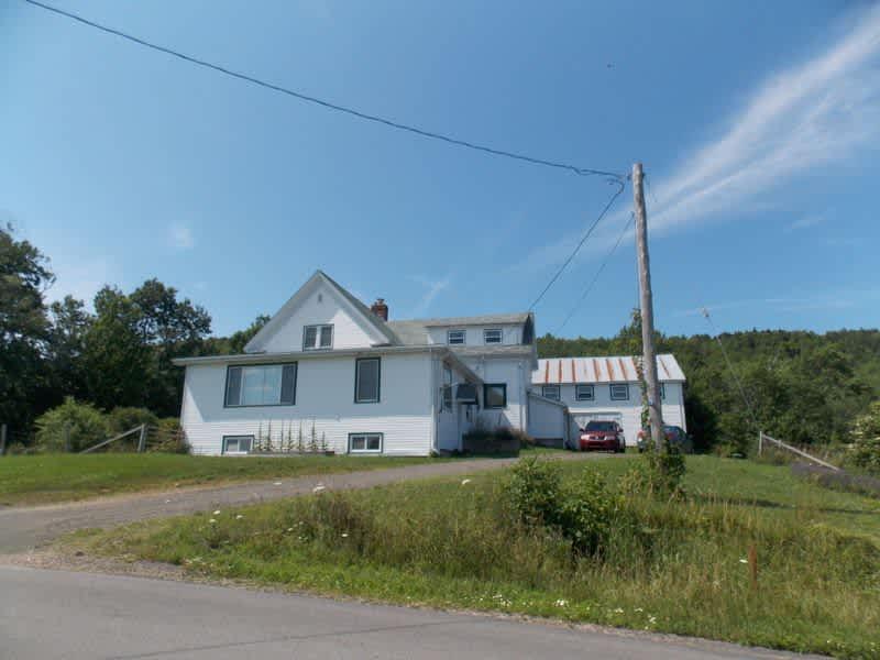 Housesitting assignment in Bridgetown, Nova Scotia, Canada