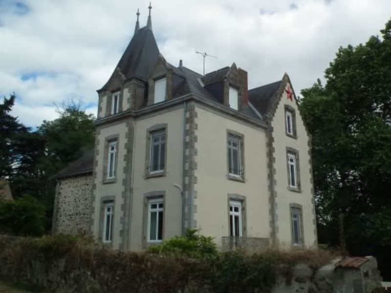 Housesitting assignment in Bressuire, France