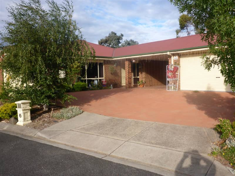 Housesitting assignment in Seaford, Victoria, Australia