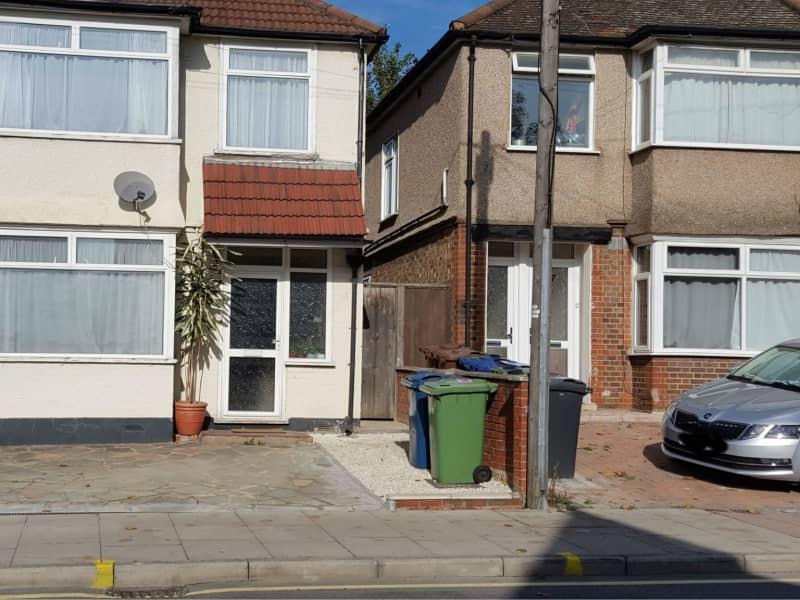 Housesitting assignment in Wealdstone, United Kingdom