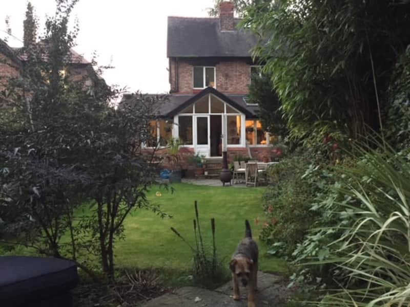 Housesitting assignment in Altrincham, United Kingdom
