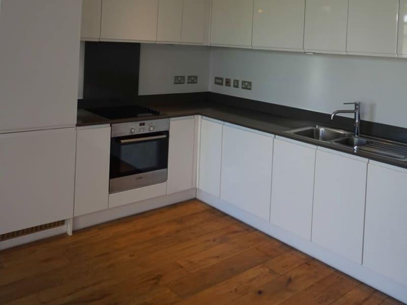 Housesitting assignment in North Kensington, United Kingdom