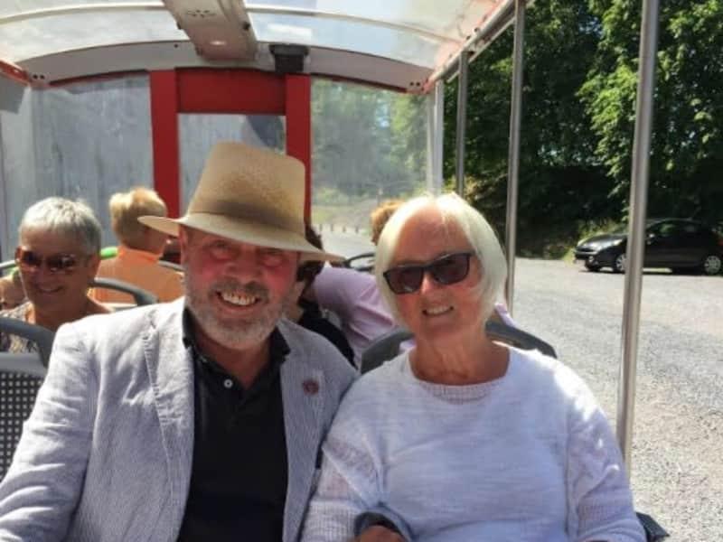 Henry & Stephanie from Chesham, United Kingdom