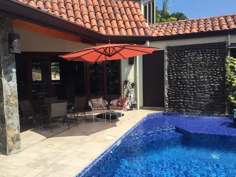 Housesitting assignment in Atenas, Costa Rica