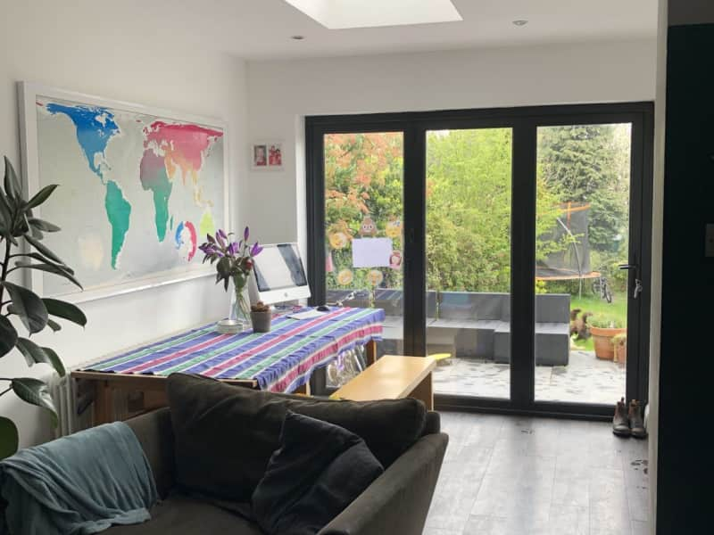 Housesitting assignment in Woodford Green, United Kingdom