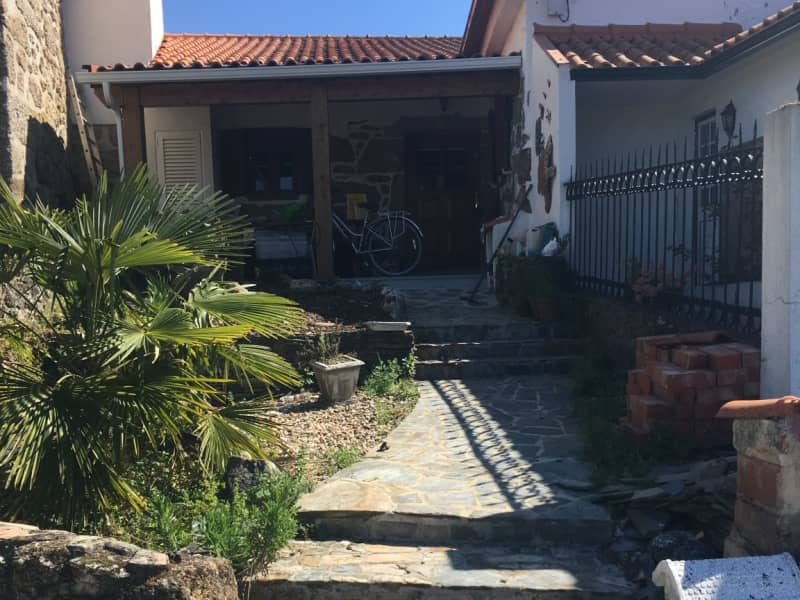 Housesitting assignment in Sinde, Portugal