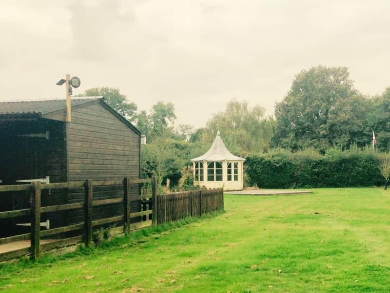 Housesitting assignment in Wisborough Green, United Kingdom