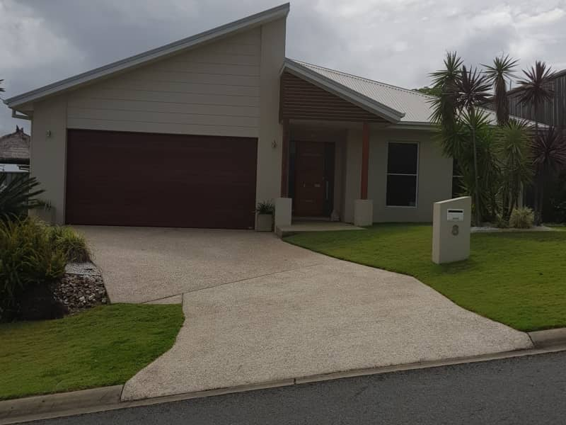 Housesitting assignment in Pacific Pines, Queensland, Australia
