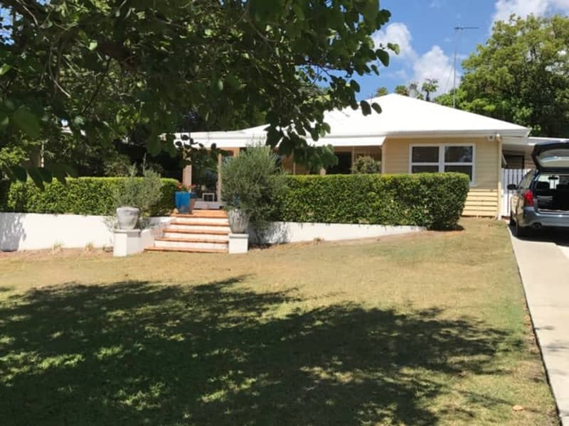 Housesitting assignment in Labrador, Queensland, Australia