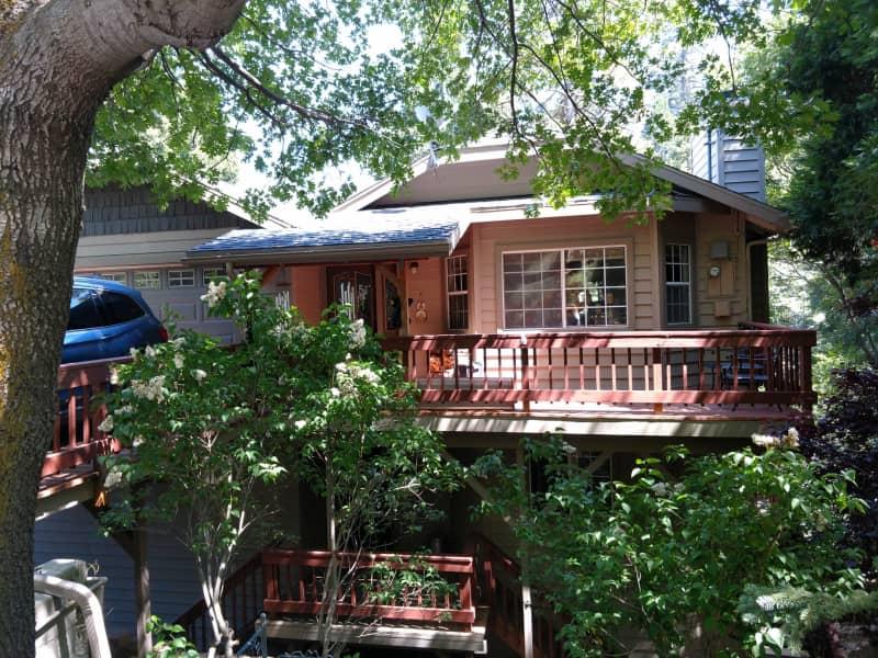 Housesitting assignment in Crestline, California, United States