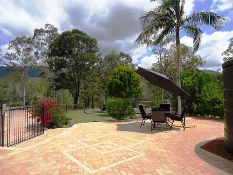 Housesitting assignment in Mount Nathan, Queensland, Australia