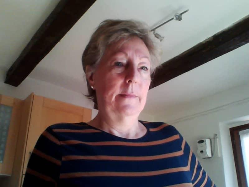 Lesley from Croydon, United Kingdom