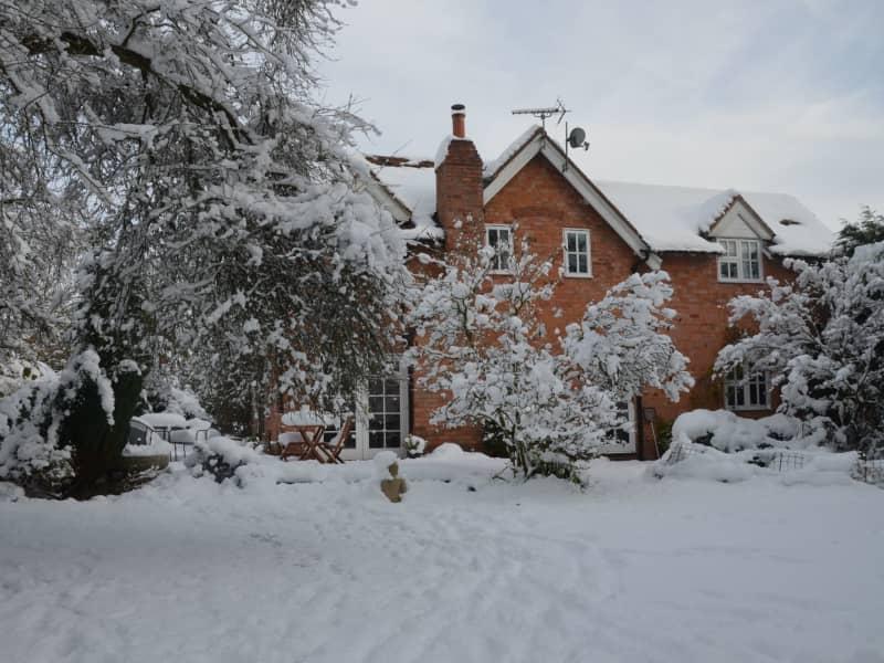 Housesitting assignment in Lapworth, United Kingdom