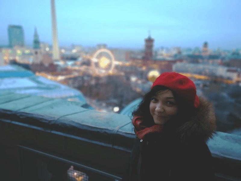 Roxana from Bucharest, Romania