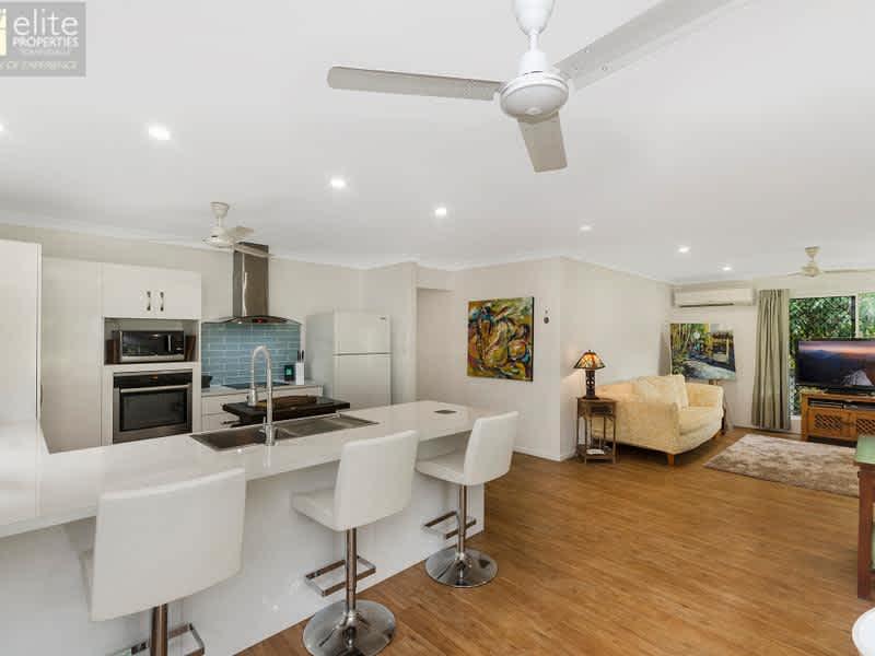 Housesitting assignment in Rangewood, Queensland, Australia