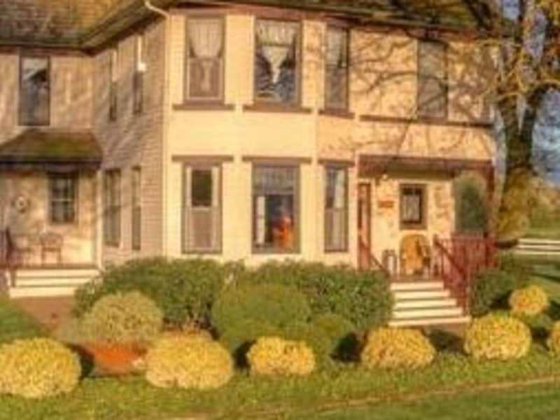 Housesitting assignment in Enumclaw, Washington, United States