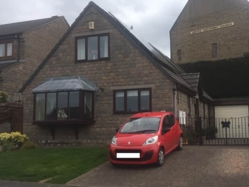 Housesitting assignment in Clayton West, United Kingdom