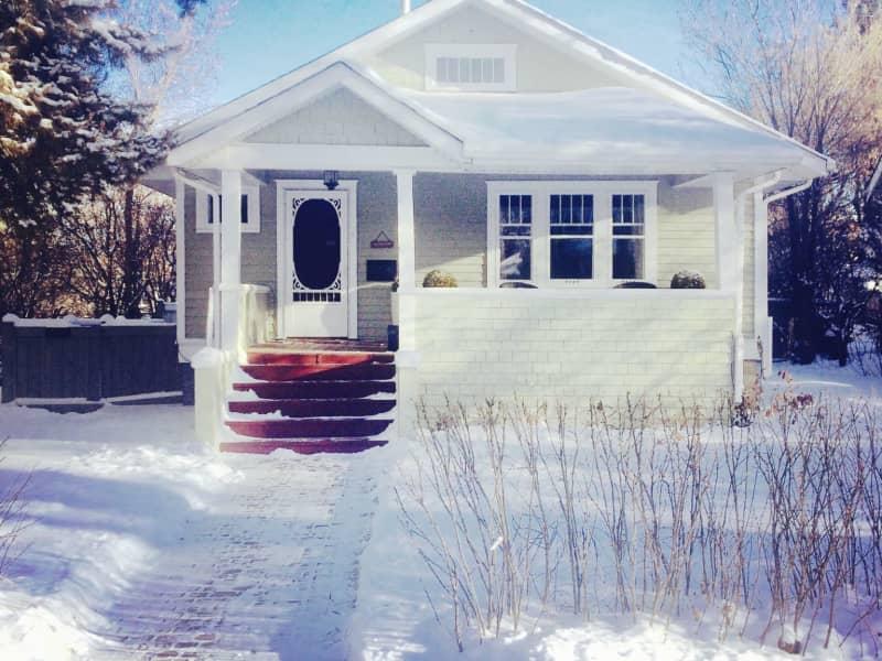 Housesitting assignment in Edmonton, Alberta, Canada