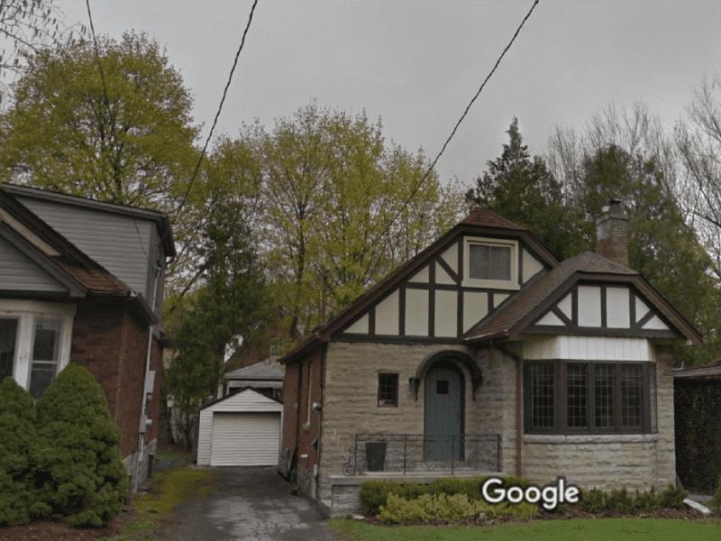 Housesitting assignment in Hamilton, Ontario, Canada