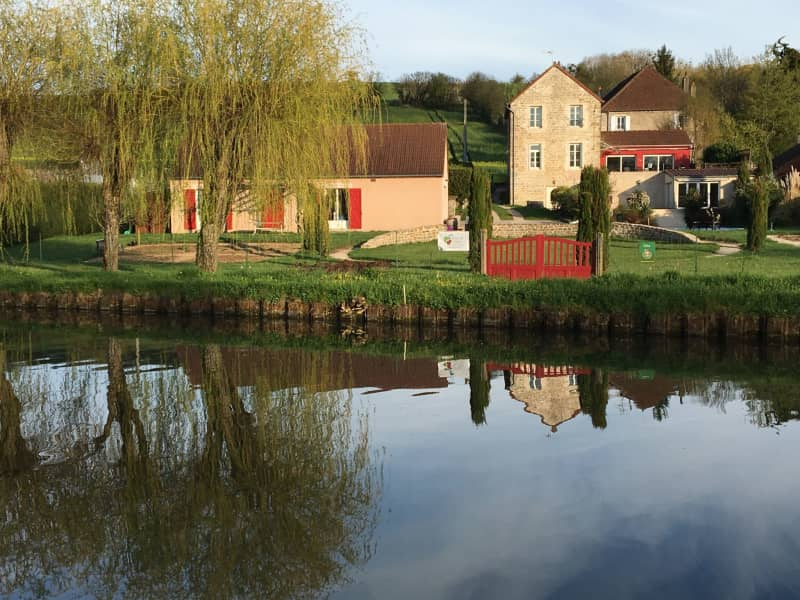 Housesitting assignment in Dennevy, France