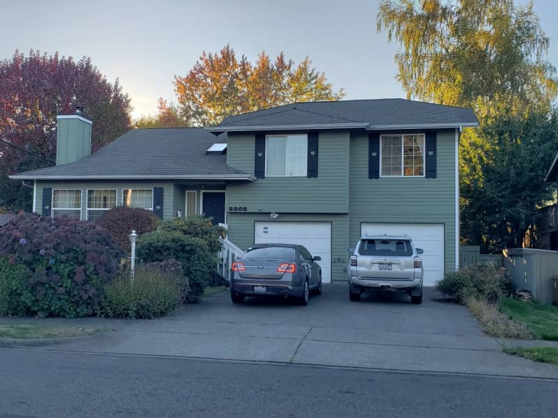 Housesitting assignment in Tacoma, Washington, United States