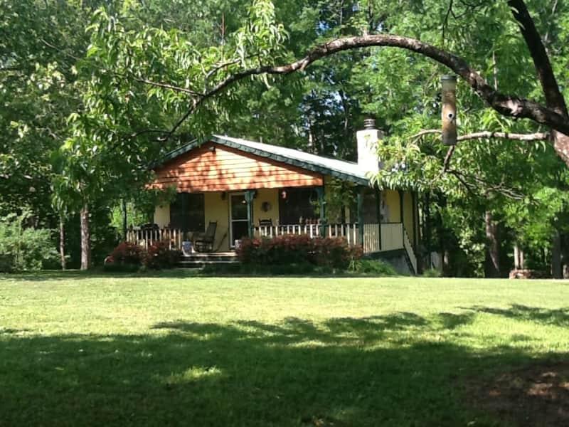 Housesitting assignment in Rougemont, North Carolina, United States
