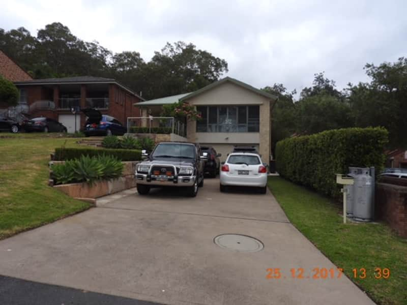 Housesitting assignment in Carey Bay, New South Wales, Australia