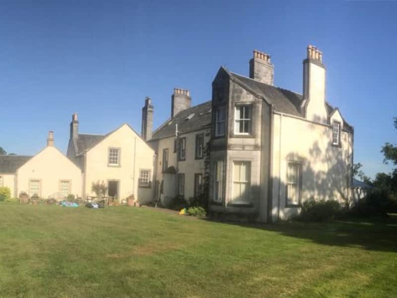 Housesitting assignment in Dunfermline, United Kingdom