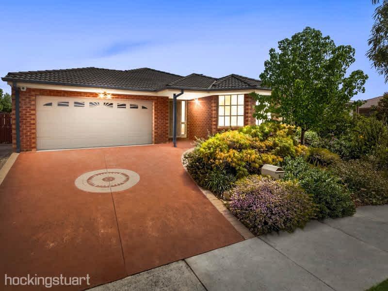 Housesitting assignment in Melton West, Victoria, Australia