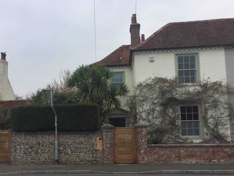 Housesitting assignment in Felpham, United Kingdom