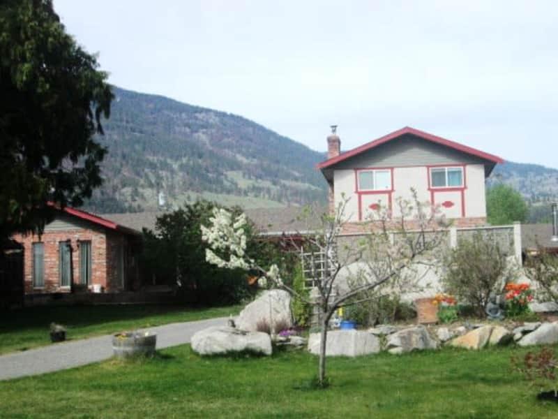 Housesitting assignment in Oliver, British Columbia, Canada