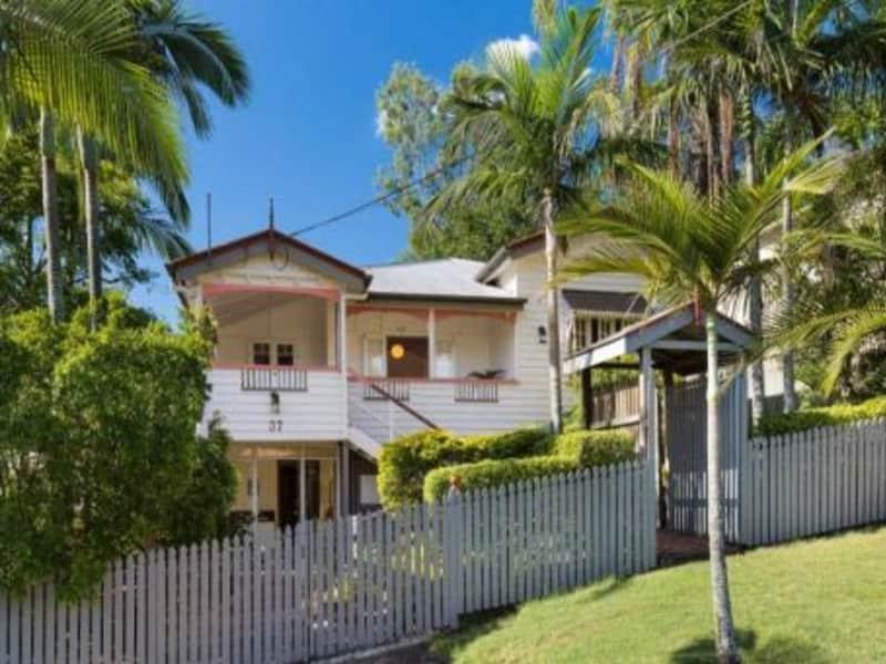 Housesitting assignment in Toowong, Queensland, Australia