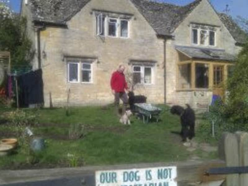Housesitting assignment in Bourton on the Hill, United Kingdom