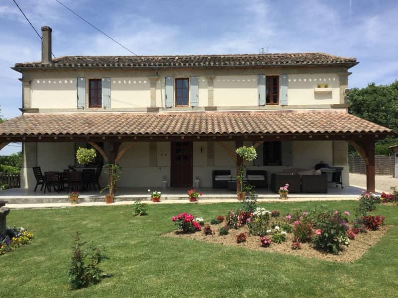Housesitting assignment in Miramont-de-Guyenne, France