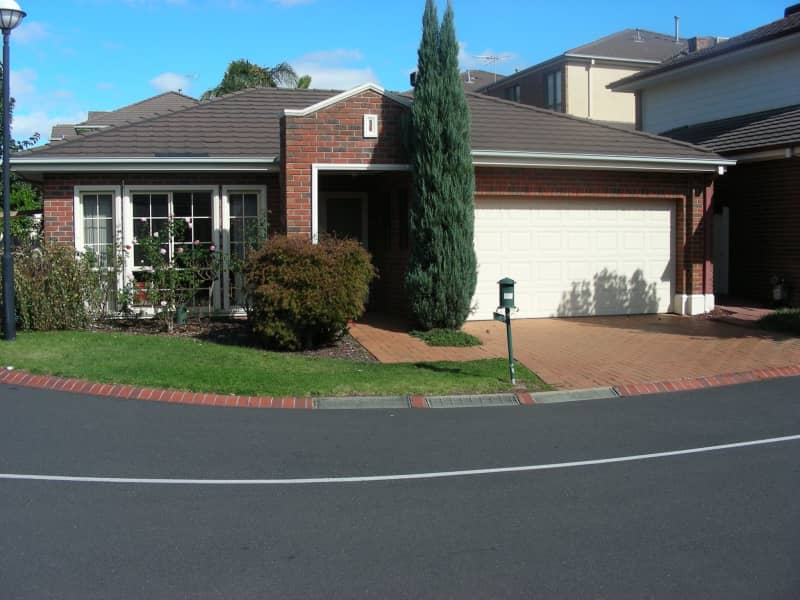 Housesitting assignment in Vermont, Victoria, Australia
