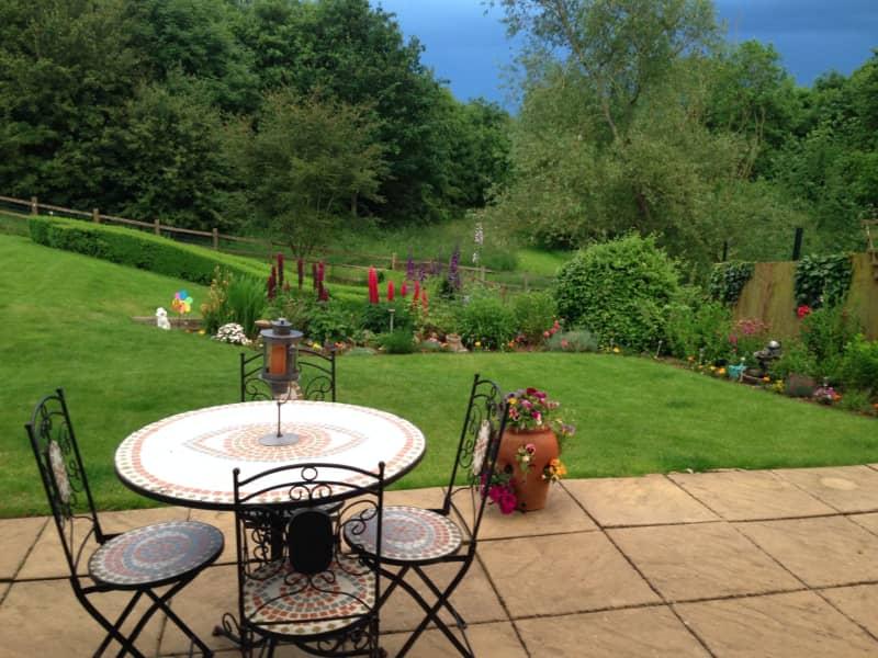 Housesitting assignment in Toddington, United Kingdom