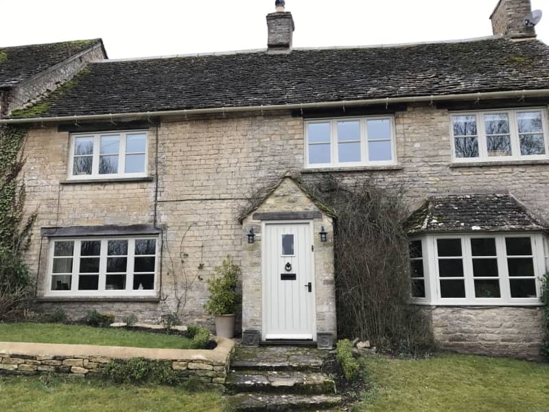 Housesitting assignment in Burford, United Kingdom
