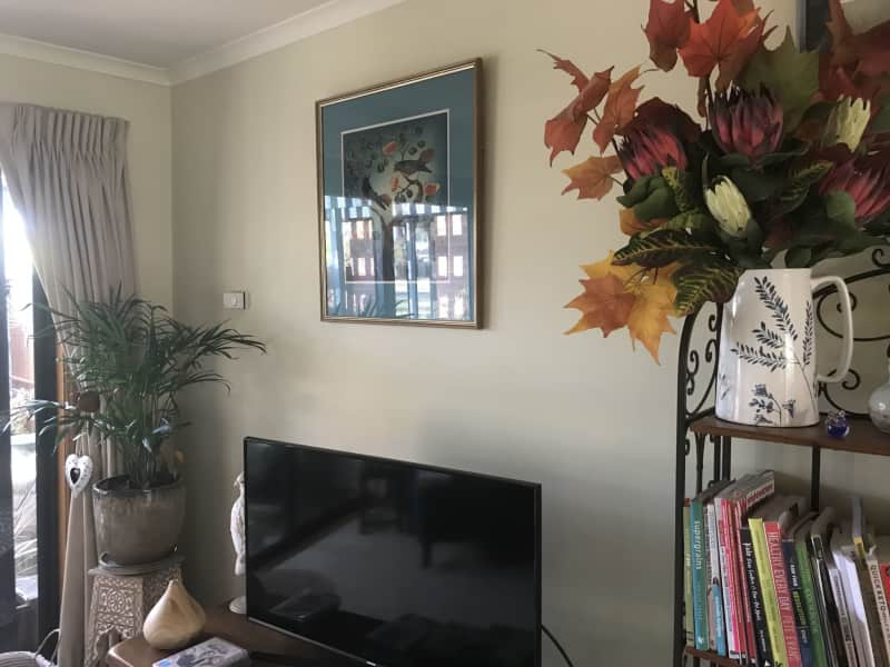 Housesitting assignment in Lake Gardens, Victoria, Australia