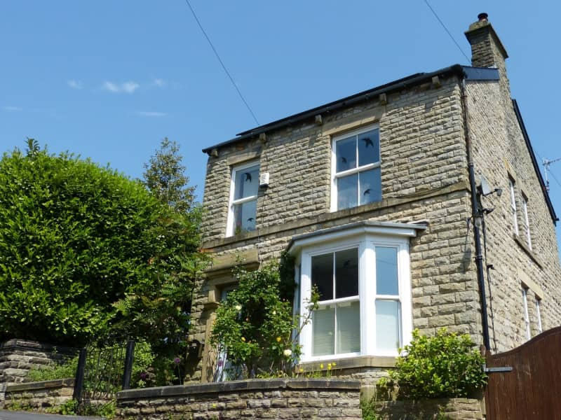 Housesitting assignment in New Mills, United Kingdom
