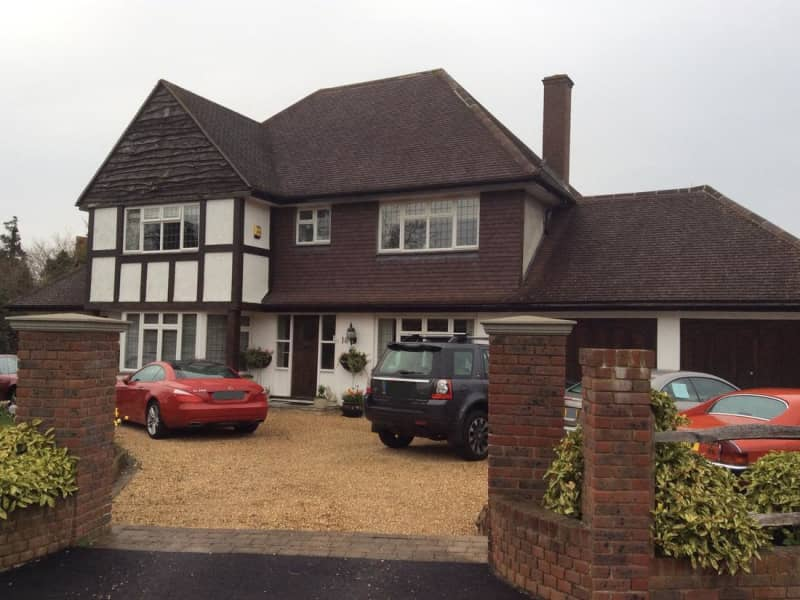 Housesitting assignment in Oxshott, United Kingdom