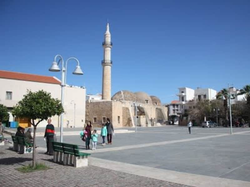 Housesitting assignment in Rethymno, Greece