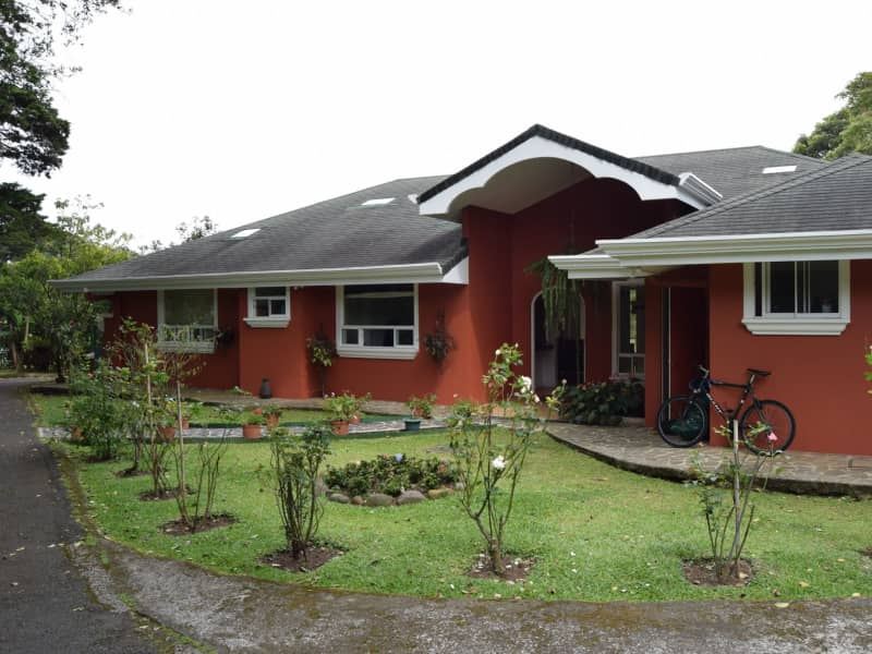 Housesitting assignment in San Josecito, Costa Rica