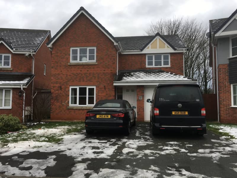 Housesitting assignment in Wigan, United Kingdom