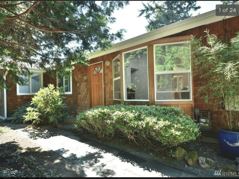 Housesitting assignment in Kirkland, Washington, United States