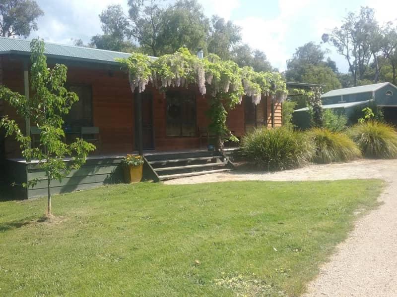 Housesitting assignment in Gruyere, Victoria, Australia