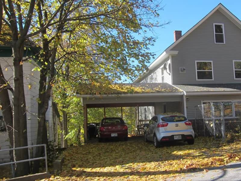 Housesitting assignment in Berlin, New Hampshire, United States
