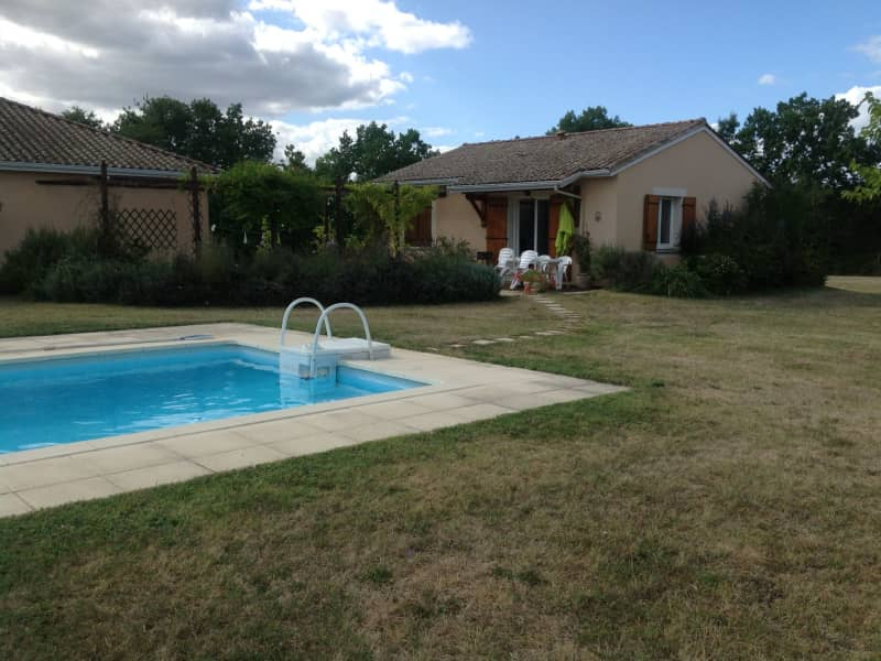 Housesitting assignment in Beaumont-du-Périgord, France